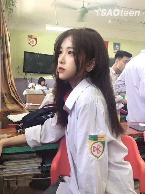Xinh đẹp 'xuất thần' với bức hình chụp lén của nữ sinh Hà Thành - Ảnh 2
