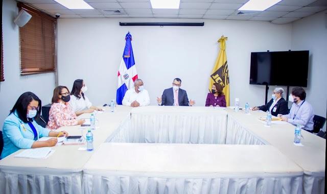 Comisión JCE se reúne con presidente TSE; busca adecuar Ley 659-44