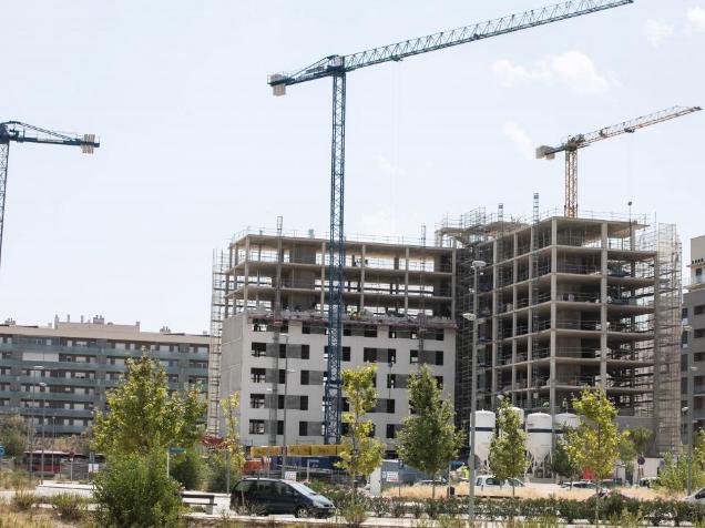 Podemos propone que se defina como gran propietario a quien tenga cinco o más pisos en la nueva ley