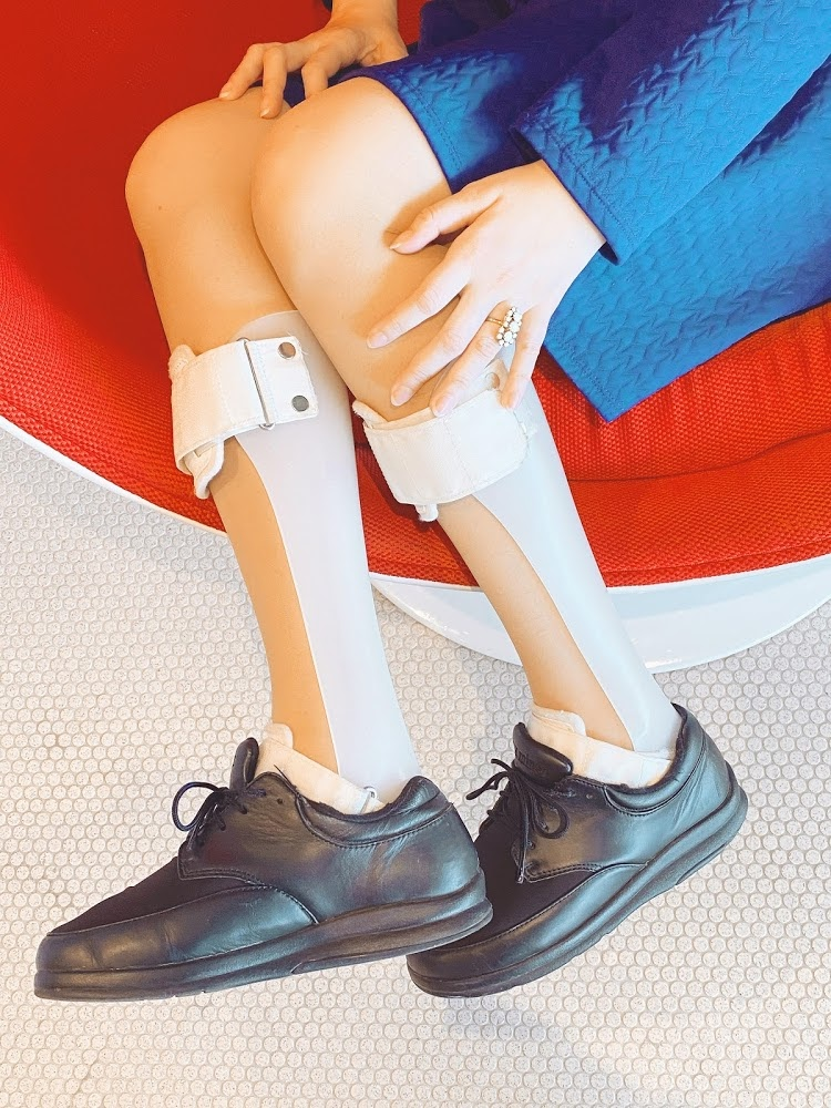 A Vintage Nerd, Vintage Blog, Retrostyle Blog, Retro Fashion Blog, Disabled Fashion, Braces and Fashion, Leg Braces and Fashion, Sixties Style, Vintage Girl in a Modern World, July Disabled Pride Month,  Disability Awareness