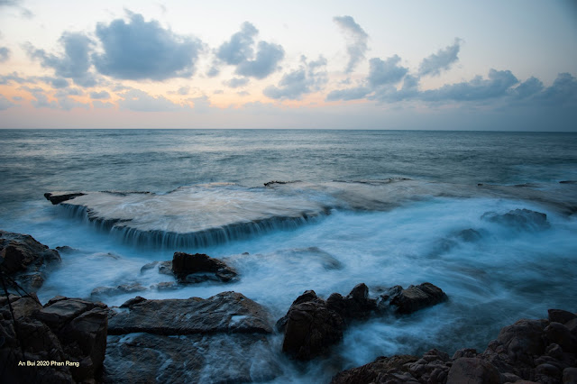 Bình minh biển Phan Rang