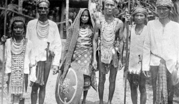 KRONOLOGI BERBAGAI PERISTIWA PENTING BAIK DI TINGKAT PUSAT MAUPUN DAERAH DALAM USAHA MEMPERTAHANKAN KEMERDEKAAN INDONESIA