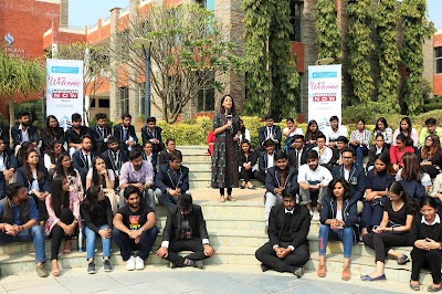 India's Premier National Television Channel, Mirror Now chose Jagran Lakecity University to host a Mirror Now special 'Talk Show'