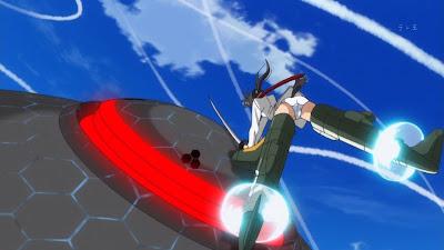 Мио Сакамото атакует невроя (аниме Strike Witches II)