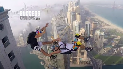 Sports-Jump-from-buildings-with-fun
