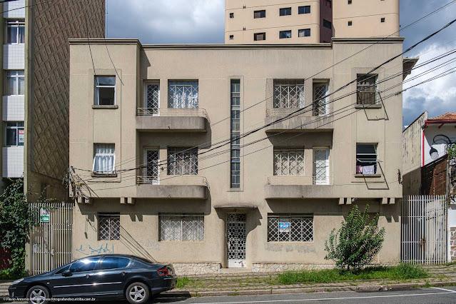 Predinho na Rua Saldanha da Gama