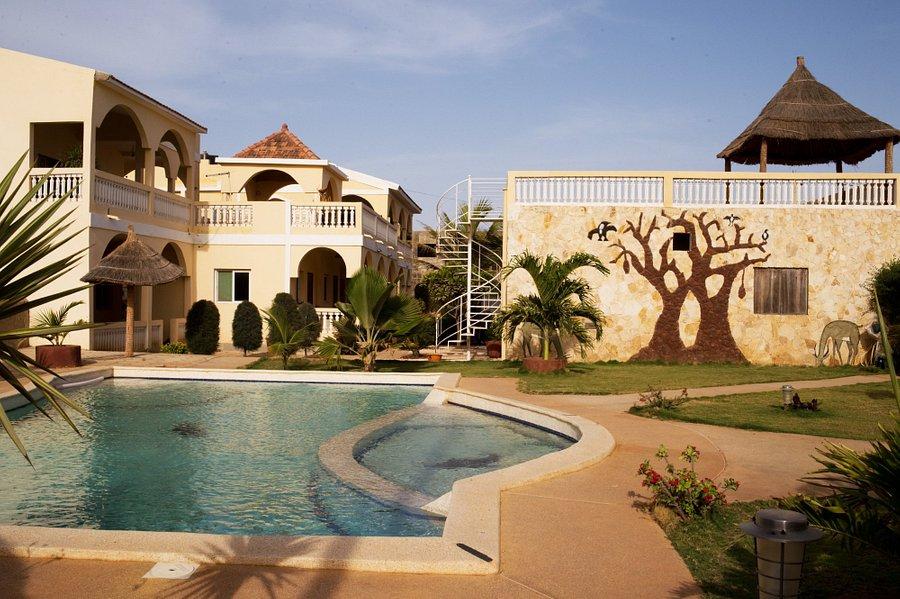 La Villa Sérère, un cadre chaleureux : Hôtel, Villa, Sérère, Poponguine, restaurant, bar, jardin, environnement, paysage, nature, luxe, buffet-plat-cuisine-chambre-eau-piscine, séminaire, vacance, LEUKSENEGAL, Sénégal, Dakar, Afrique