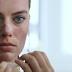 [FUN] : Margot Robbie rejoue une scène du film American Psycho pour Vogue