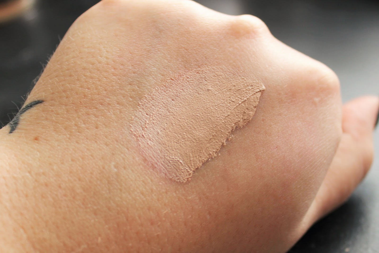rimmel stay matte swatch