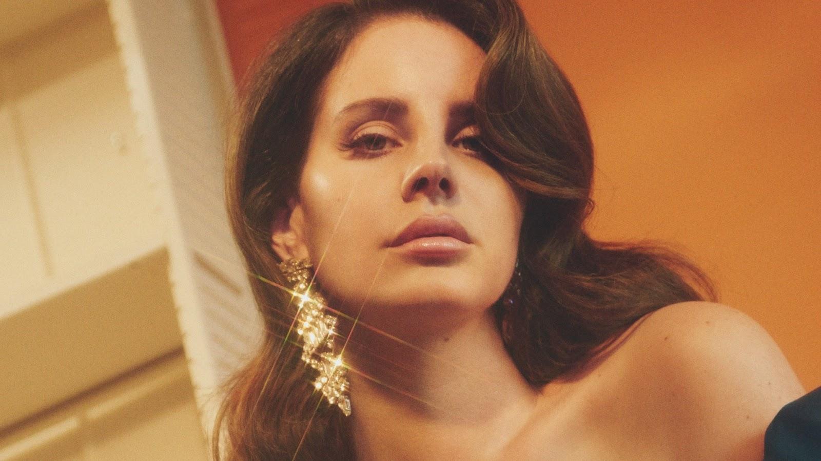 O quinto álbum da Lana Del Rey chega nessa sexta (30)
