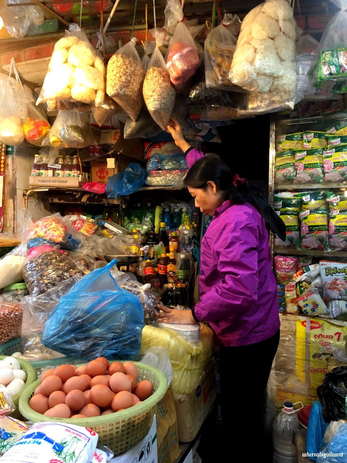Spice shopping in Hanoi
