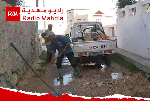 المهدية : تدخّل أعوان الصوناد لإصلاح تسرّب المياه بحيّ أولاد ليمام