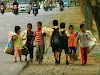 शिक्षा से वंचित घुमंतू समुदाय के बच्चे आखिर कब तक दर-दर की ठोकरें खाते रहेंगे?