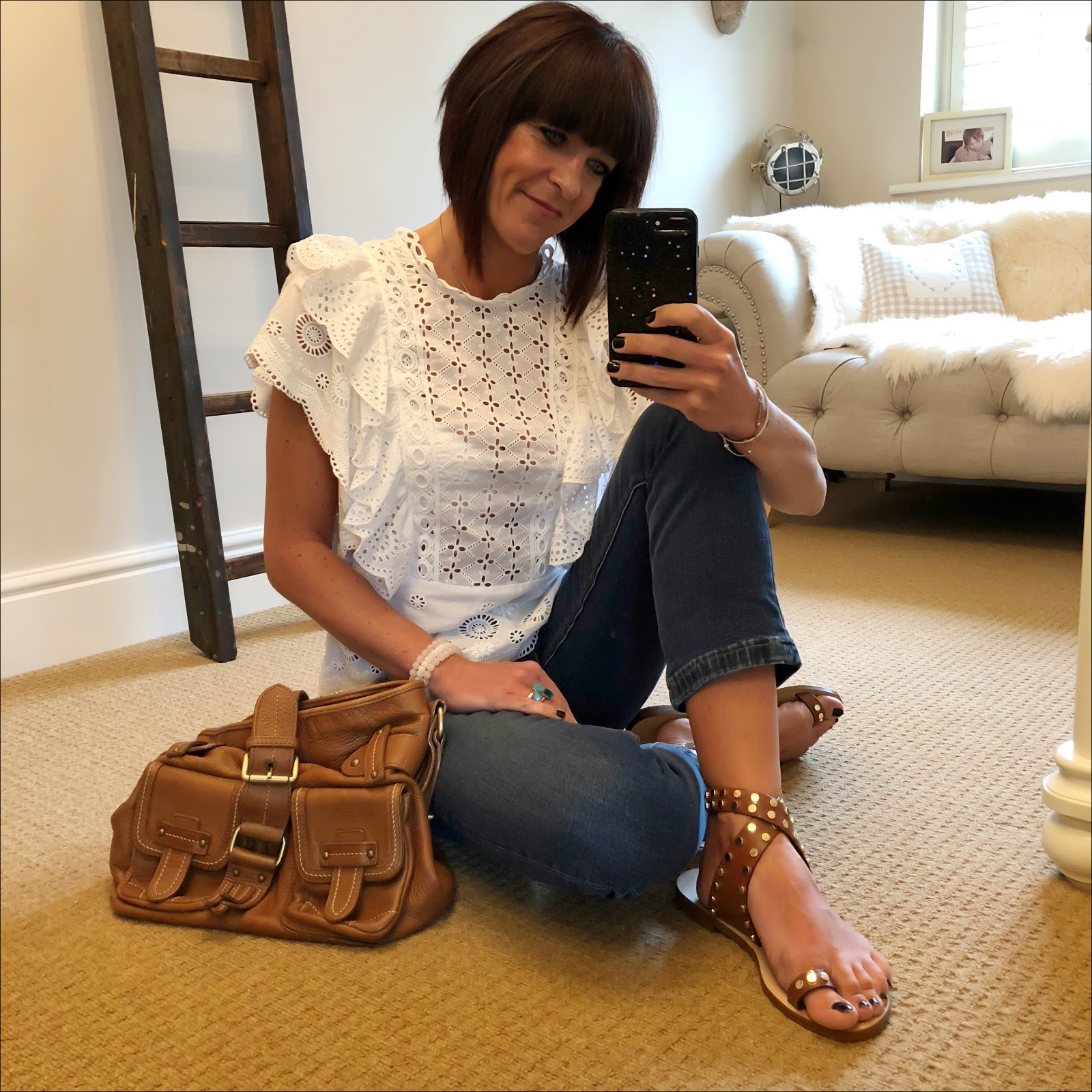 my midlife fashion, basalt sarah summer sandales a clous, monsoon vivien schiffli top, massimo dutti leather tan tote, j crew billie demi crop jeans