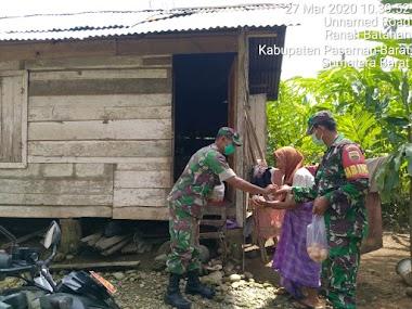 Kodim 0305 Pasaman Membagikan  Makanan Untuk Masyarakat Kurang Mampu