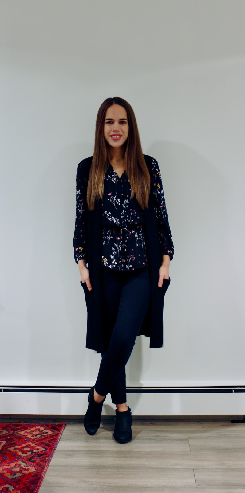 Jules in Flats - Dark Florals for Fall (Business Casual Fall Workwear on a Budget)