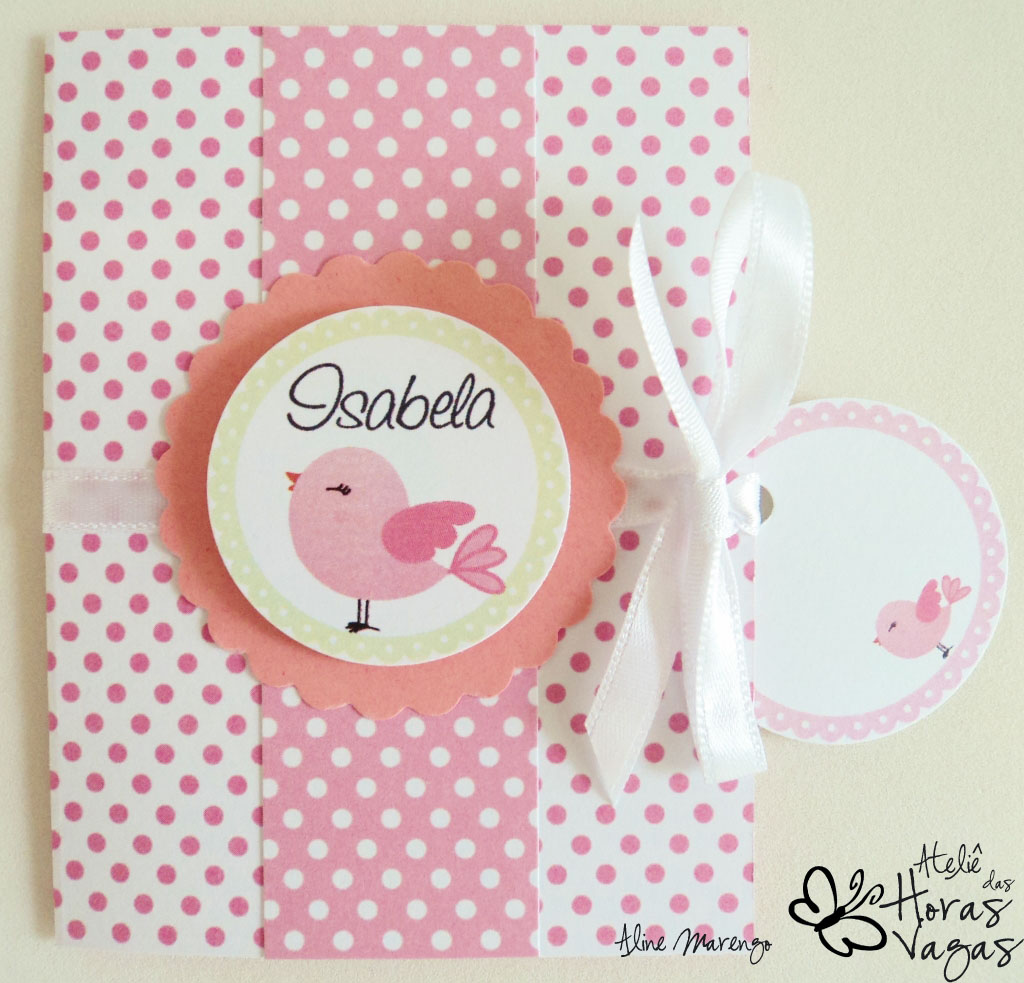 convite artesanal aniversário passarinho rosa branco poá