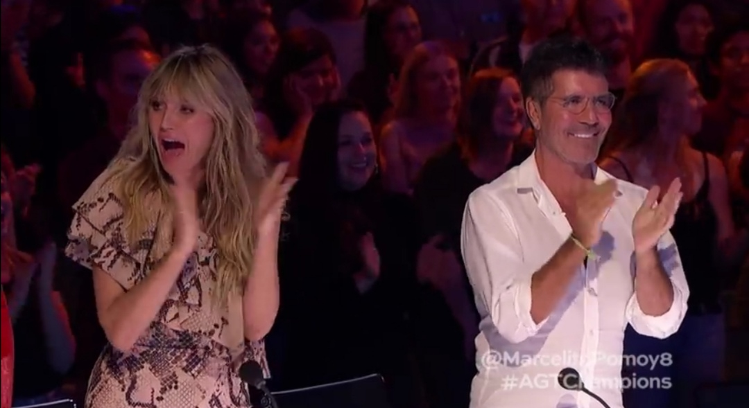 Marcelito Pomoy gets standing ovation from America's Got Talent judges