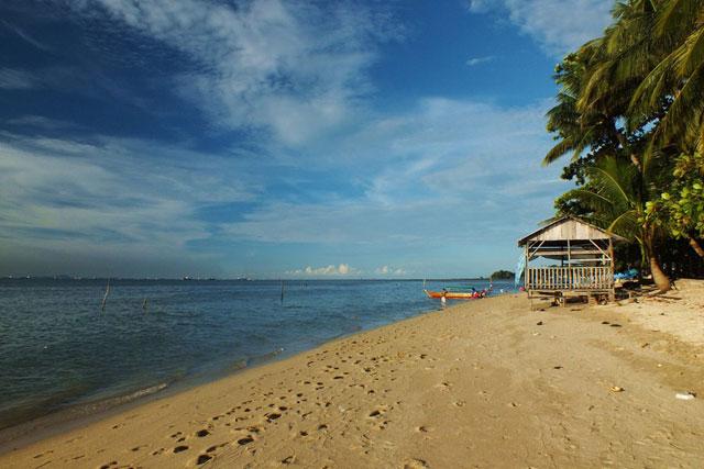 Wisata Pantai Nongsa
