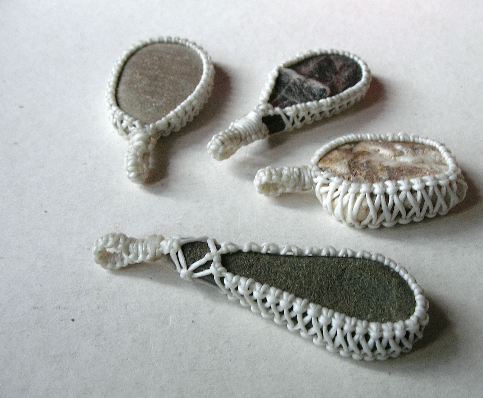 Ecocrafta macrame macrame wrapping lace style for How to make rock jewelry