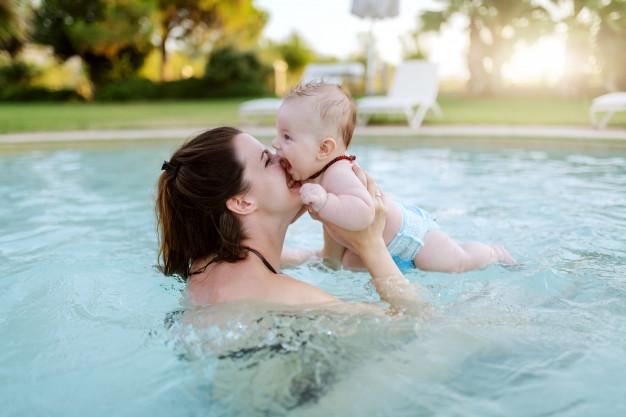 Zorgeloos zwemmen met je kind? met wasbare zwemluiers lukt dat prima. Ze zijn herbruikbaar en duurzaam!