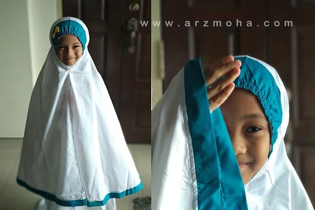 Cik Puteri dan telekung Siti khadijah, model kanak-kanak, anak blogger malaysia, Kids No 1 malaysia, Telekung siti khadijah Omar dan Hana, selamatkah pembelian secara online,