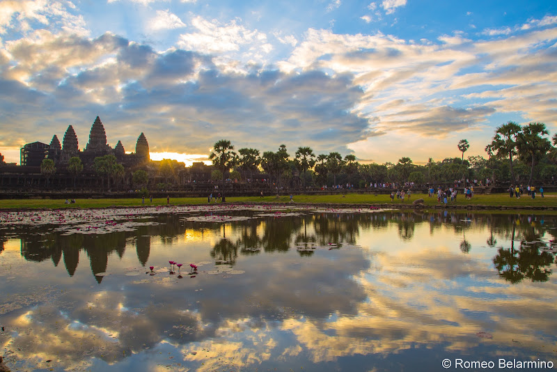 North Reflecting Pool Angkor Wat Sunrise Tips Siem Reap Cambodia