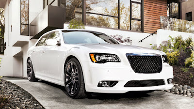 2016 Chrysler 300 front look Hd Photos 01