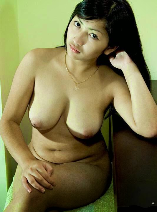 Nudes indonesian top model