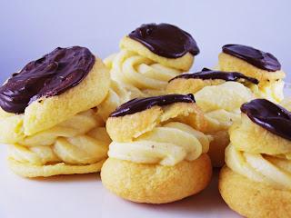 Windbeutel mit selbstgemachter Pastry Cream