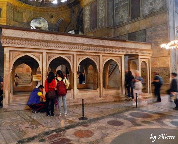 interior-sfanta-sofia-istanbul