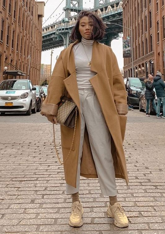 casual outfit inspiration / sneakers + bag + pants + top + beige coat
