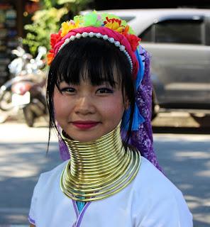 Patriachy: Dibalik Suku Leher Panjang di Thailand