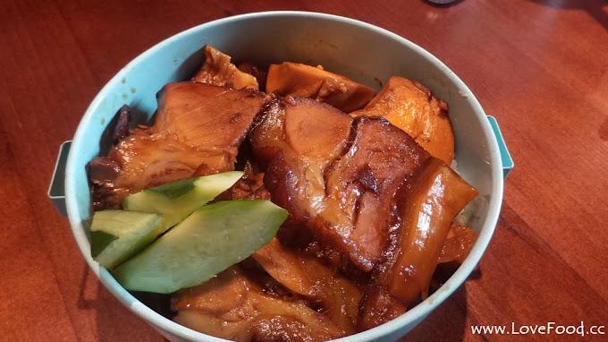 台北大安【甲泰船麵】泰國街頭美食-考卡姆豬肉飯
