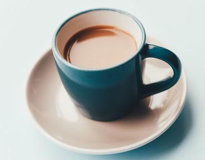 แก้วกาแฟที่ทำงาน จำเป็นต้องล้างทุกวันหรือเปล่า?