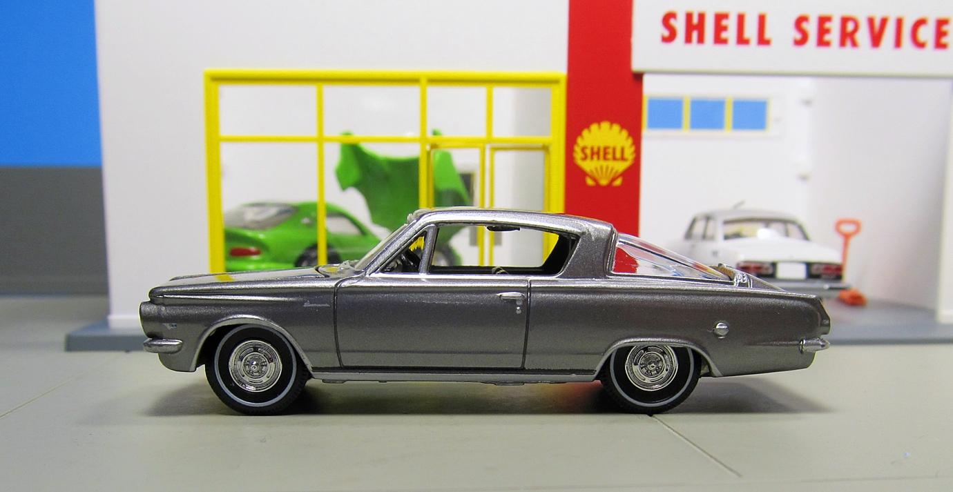 Minicar Pics 1/64: Auto World 1964 Plymouth Barracuda