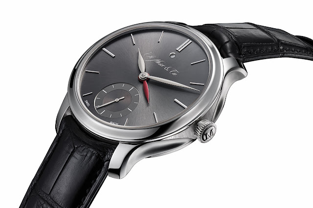 H. Moser & CIE Nomad Dual Time Watch side