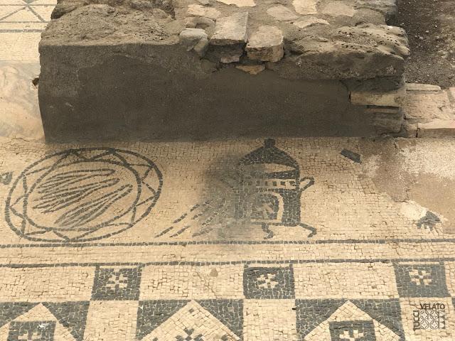 Muestra del incendio que sufrió la villa romana de Marbella