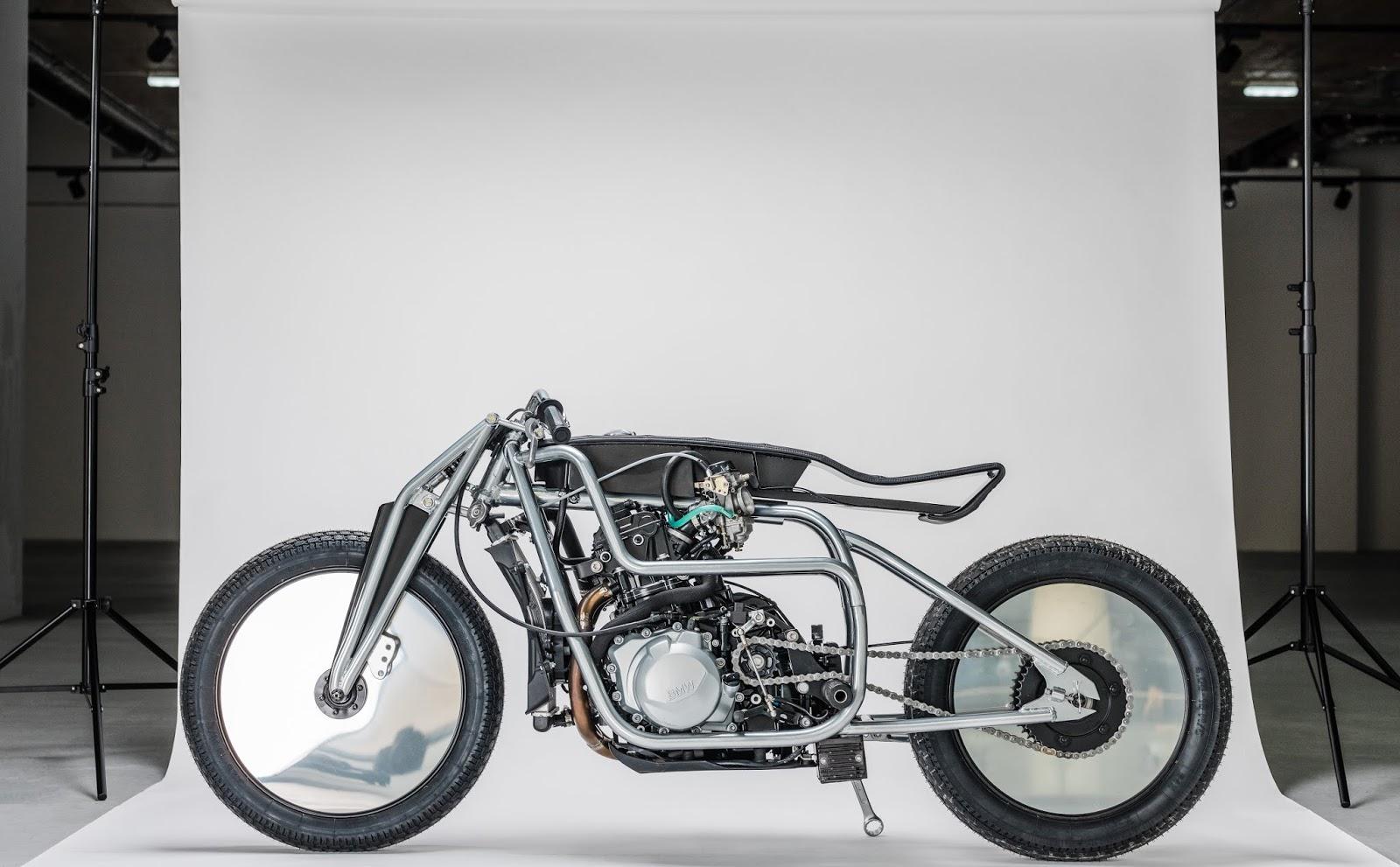 Krautmotors präsentiert ein BMW Motorrad F 850 GS Custom oder kurz: Bauhaus 100 | Ein kunstvoller Blickfang