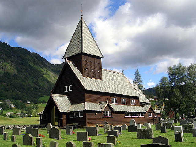 The Røldal Stave Church is of the Type A construction and designed without any free-standing posts.