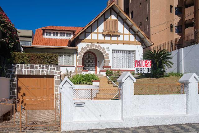 Casa na Avenida João Gualberto