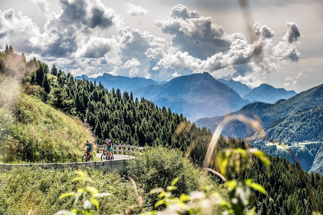 militärstraße auffahrt mountainbike mt. crostis Paluzza