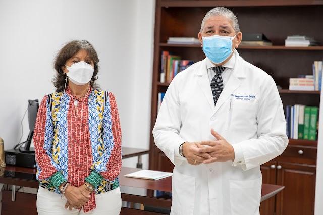 Miriam Germán Brito se recupera de manera satisfactoria y recibe alta médico