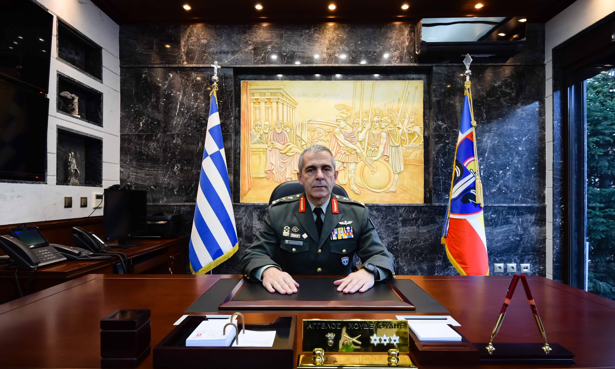 Ποιος είναι ο Άγγελος Χουδελούδης, ο νέος Διοικητής του Δ'ΣΣ [ΦΩΤΟ]