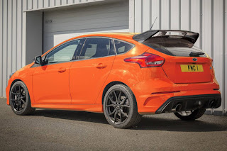 Ford Focus RS Heritage Edition (2018) Rear Side
