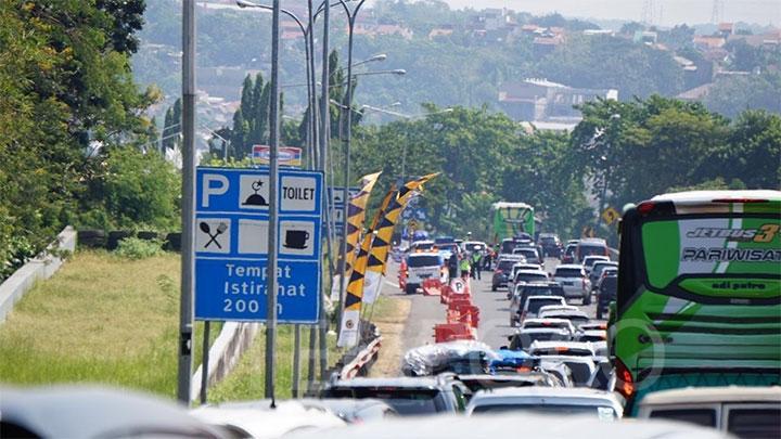 """Muhammadiyah 'Menyentil' Menteri yang Sebut """"Jika Tidak Ada KFC, Rest Area Dipenuhi Mobil Pikap"""""""