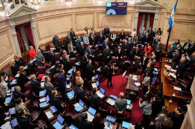 Deputados aprovam legalização do aborto na Argentina