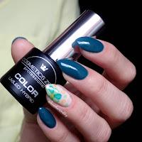 Manicure hybrydowy - Cosmetics Zone 047 Aventurine Blue + kwiaty z akwareli