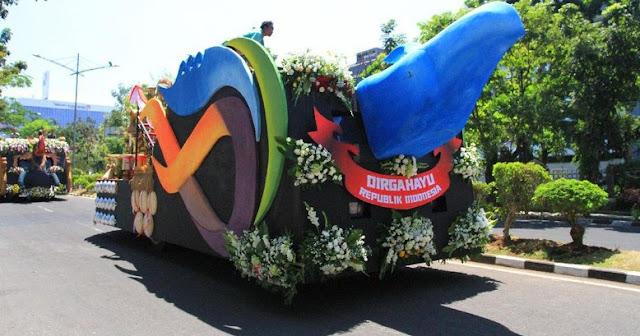 Ini Arti Kendaraan Hias Jokowi di Karnaval Kemerdekaan
