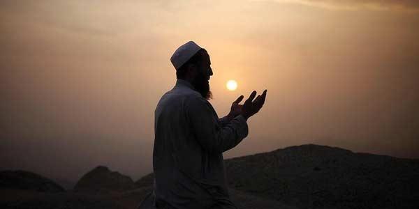 Ingin Doa Mudah Dikabulkan Allah, Biasakan Membaca 3 Ayat ini Lalu Berdoa, Pasti Terkabul